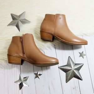 Jack Rogers Bailee ankle boots cognac brown 6 NWOB